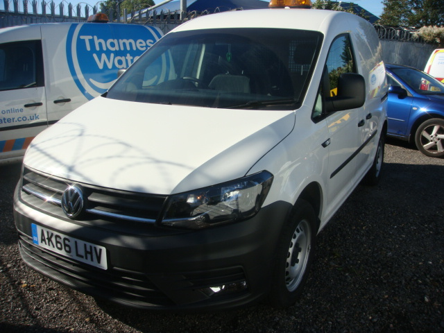 2016-VOLKSWAGEN-CADDY